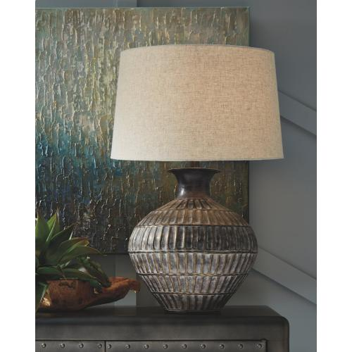 Magan Table Lamp