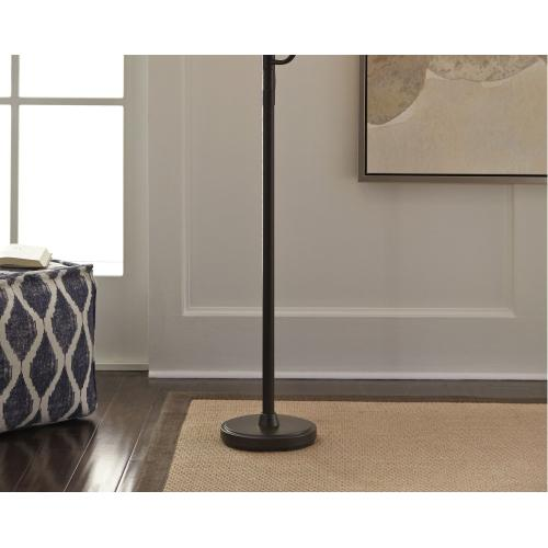 Jaak Floor Lamp