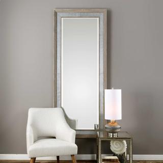 Barren Mirror