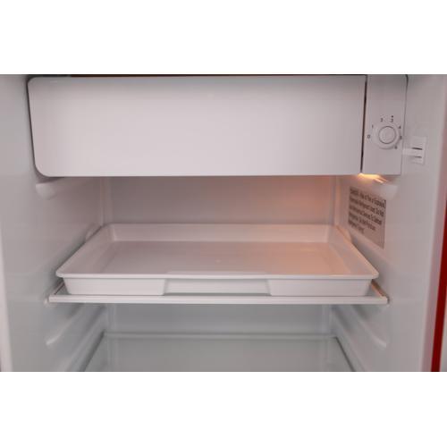 Avanti - 3.1 cu. ft. Retro Compact Refrigerator