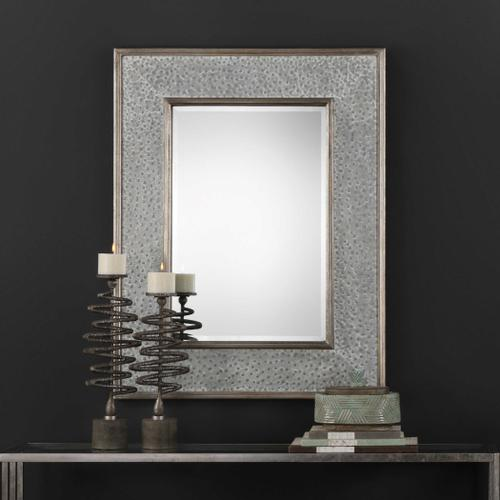 Draven Mirror