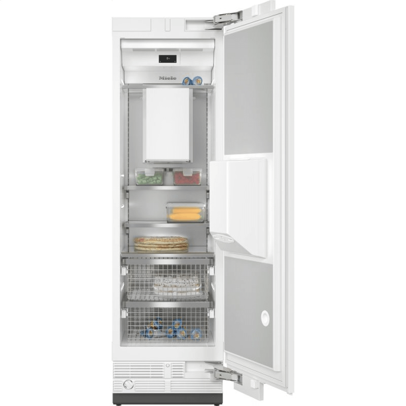 F 2662 Vi - MasterCool™ freezer Integrated IceMaker features separate water and ice dispensers.