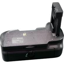 Polaroid Wireless Performance Battery Grip For The Nikon D5100 Digital SLR Camera (PL-GR18D5100)