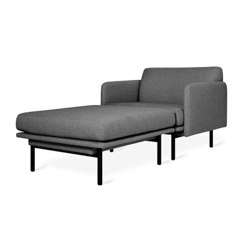 Foundry Chaise New Canyon Whiskey Leather / Black