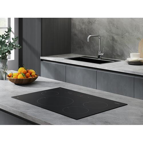 """Samsung - 30"""" Smart Induction Cooktop with Wi-Fi in Black"""