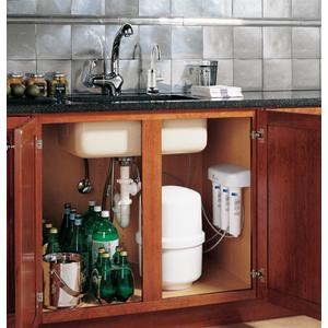 GE Profile Reverse Osmosis Filtration System with Chrome Faucet