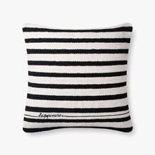 P4091 ED Black / White Pillow