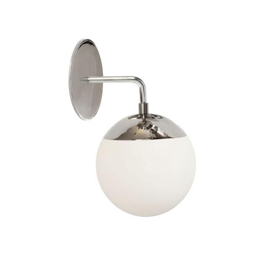 1lt Wall Sconce, PC W/ Wh Glass