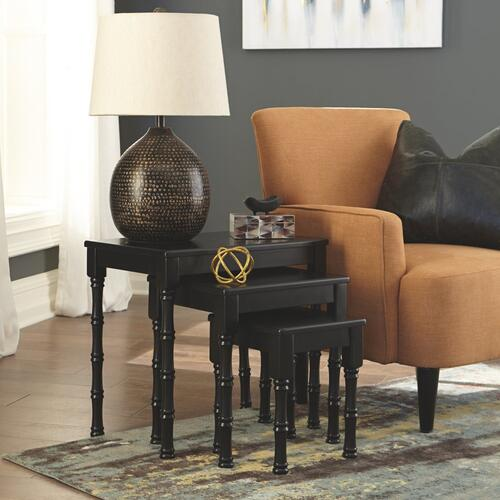 Dasonbury Accent Table (set of 3)