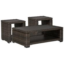 Outdoor Coffee Table With 2 End Tables