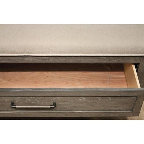 Vogue - Queen Upholstered Bench Storage Footboard - Gray Wash Finish