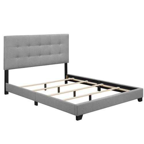 Biscuit Tufted King Bed in Frost Grey
