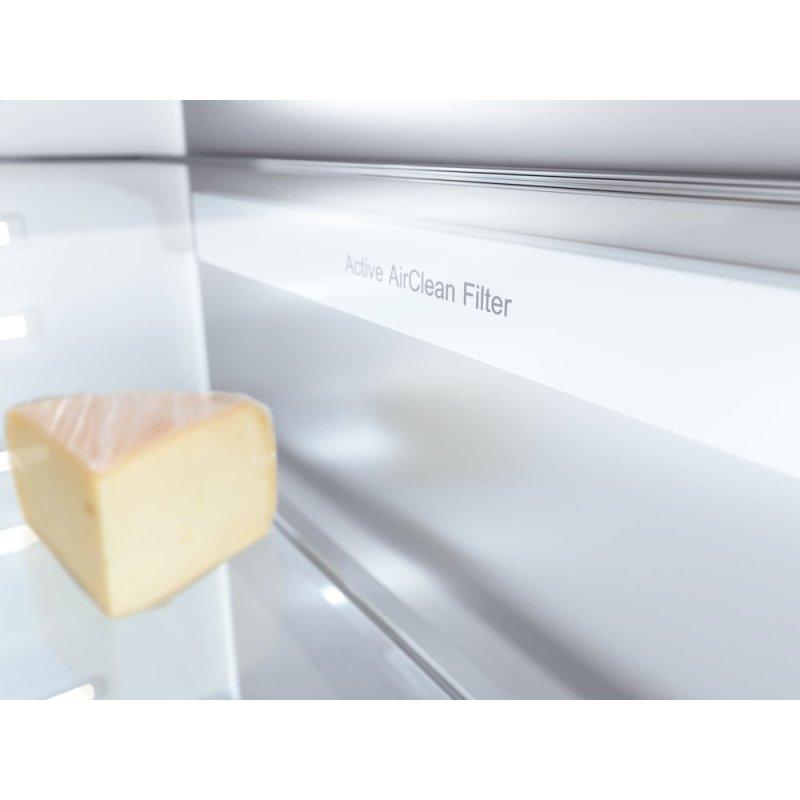 KF 2812 SF - MasterCool™ fridge-freezer For high-end design and technology on a large scale.