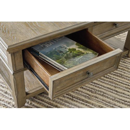 Janismore Lift-top Coffee Table