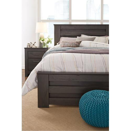 Brinxton King Panel Bed