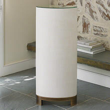 Ellipse Pedestal