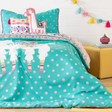 Kids Bedding set: Comforter, Pillowcase, decorative cushions and guirland Festive Llama - 39''