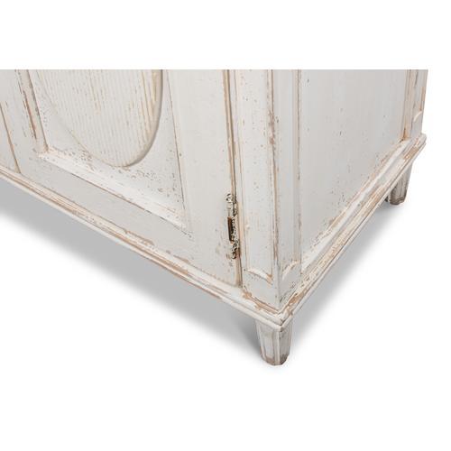 Whitewash Ribbon Sideboard