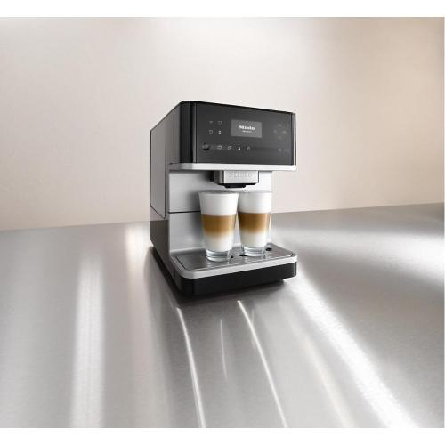 Miele - CM 6110 Countertop coffee machine with OneTouch for Two for perfect coffee enjoyment.
