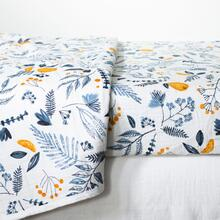 Dreamit - 3-Piece Muslin Baby Bedding Set, White and Blue, Crib