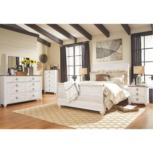 Queen Sleigh Bed With Mirrored Dresser, Chest and Nightstand