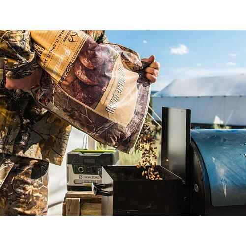 Gallery - Traeger Realtree Big Game Blend Wood Pellets