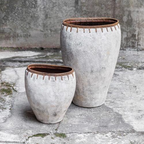 Dua Vases, S/2