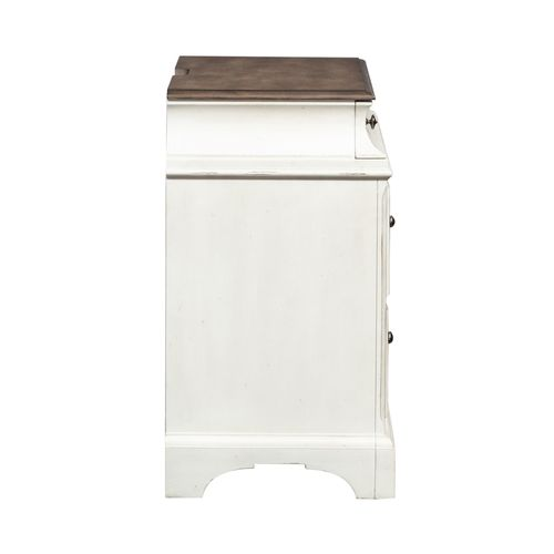 Liberty Furniture Industries - Accent Chest