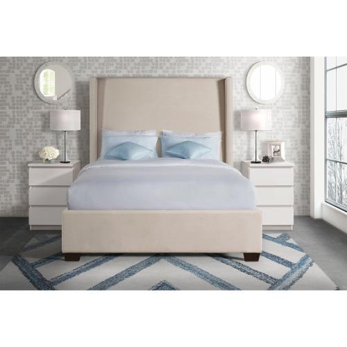 Elements - Magnolia Queen Upholstered Bed