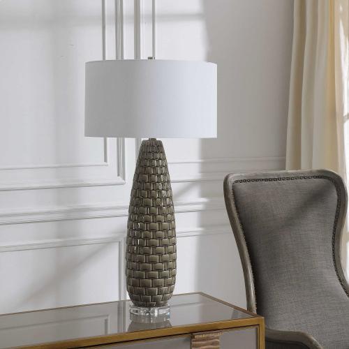 Belregard Table Lamp