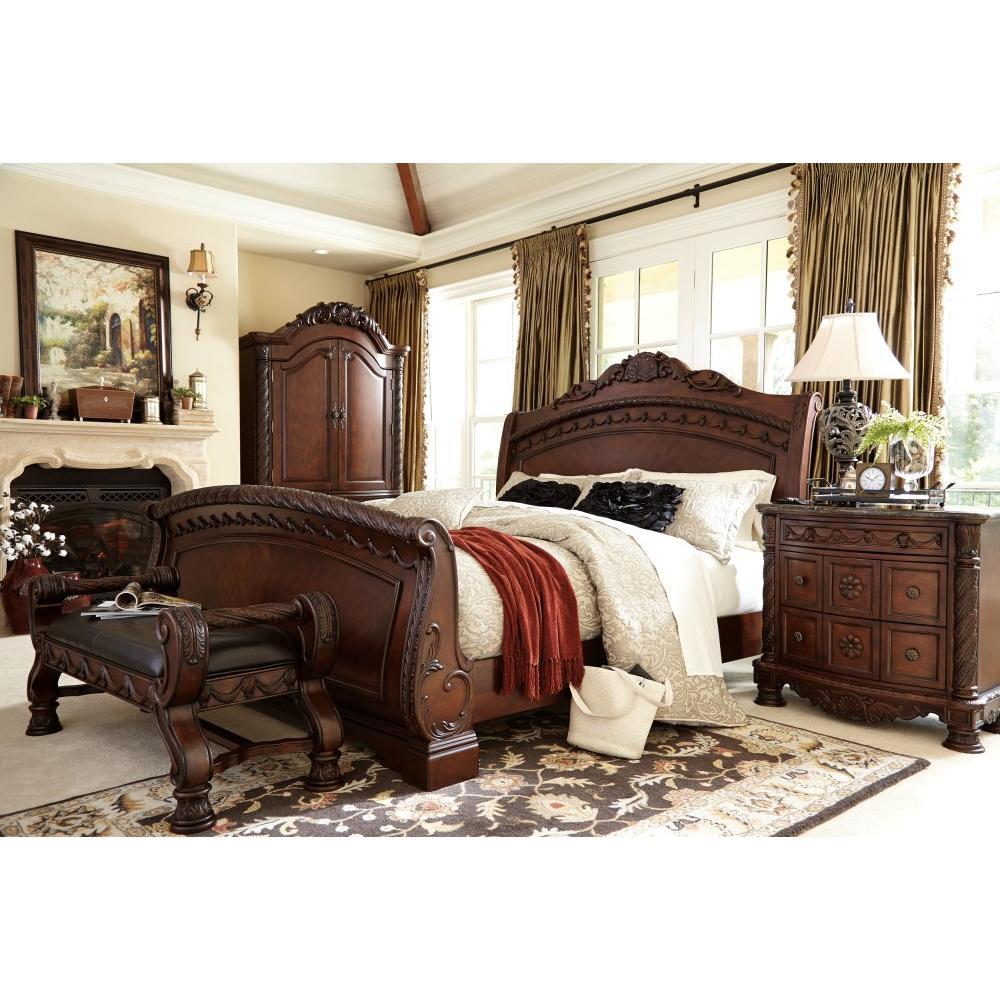 North Shore Queen Sleigh Bed