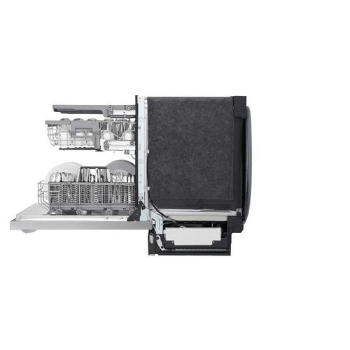 LG - Top Control Smart Dishwasher with QuadWash™
