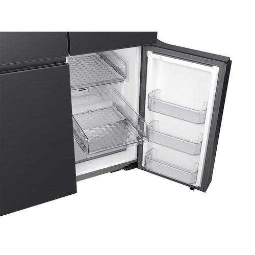 29 cu. ft. Smart BESPOKE 4-Door Flex™ Refrigerator with Customizable Panel Colors in Matte Black Steel