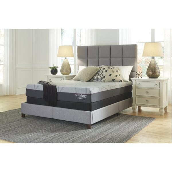 Palisades Queen Mattress and Adjustable Base