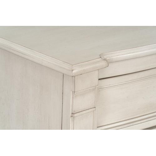 Gallery - Mallory White 3-Drawer Nightstand
