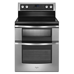 6.7 Total cu. ft. Double Oven Electric Range with AccuBake® system Product Image