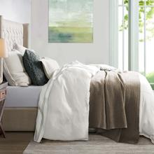 Hera Linen Duvet Cover, 4 Colors - Super Queen / White