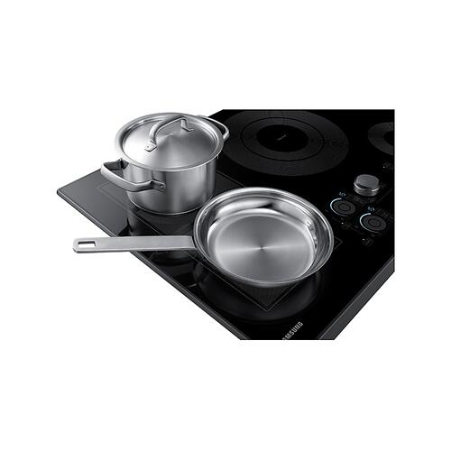 "30"" Smart Induction Cooktop in Black Stainless Steel"