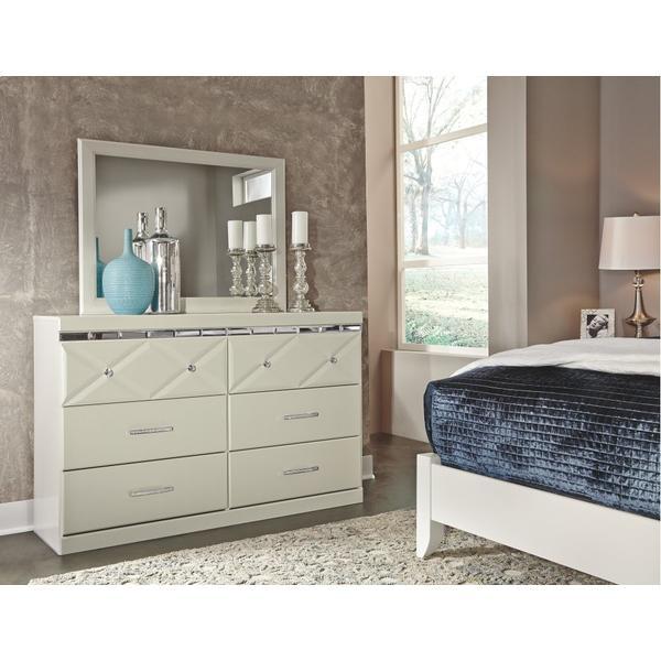 Dreamur Dresser and Mirror