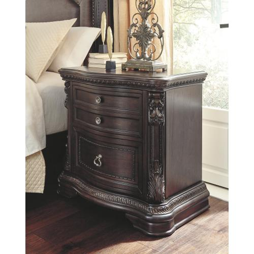 Wellsbrook Nightstand