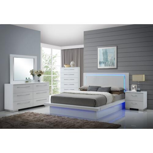 SAPPHIRE 5/0 Q Lighted Headboard