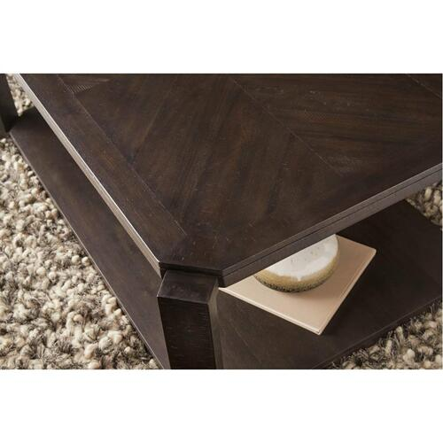 7623 End Table