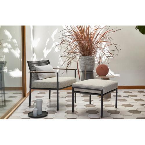 JAKARTA Deep Seating Lounge Chair w/ cushion