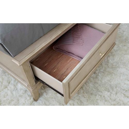 Starlite Panel Queen Bed with Storage