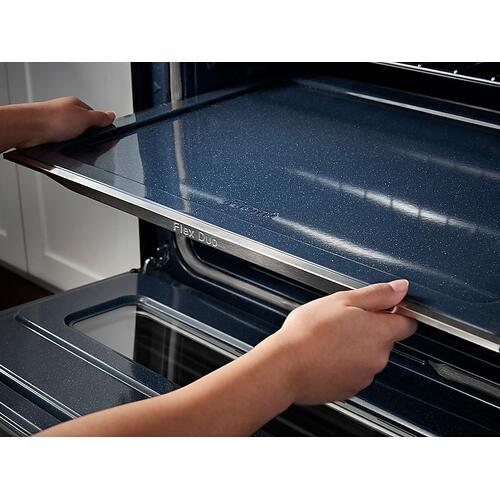 Samsung - 5.8 cu. ft. Slide-In Electric Range with Flex Duo™ & Dual Door in Stainless Steel