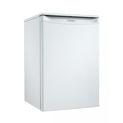 Danby Canada - Danby Designer 2.6 cu. ft. Compact Refrigerator