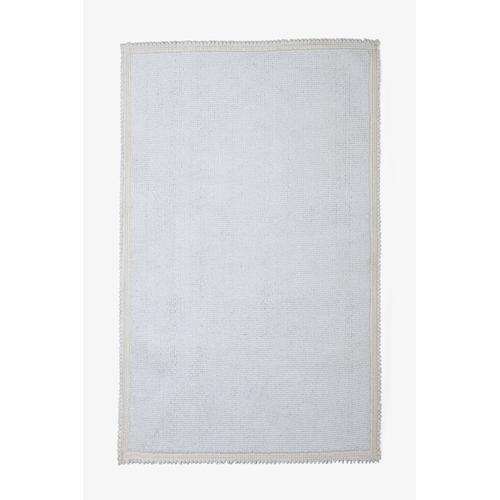 """Grano Rug 27 1/2"""" x 55"""" in White"""