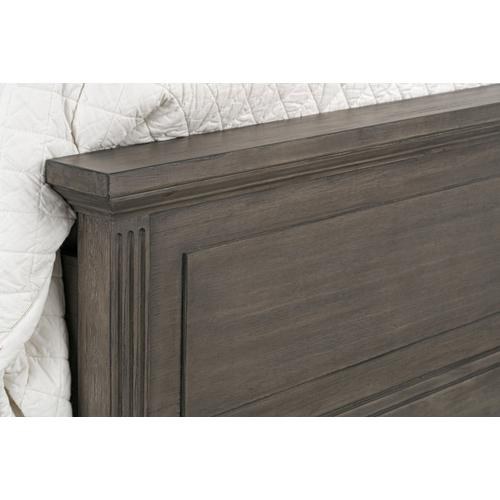 Amberleigh King Bed, Brown