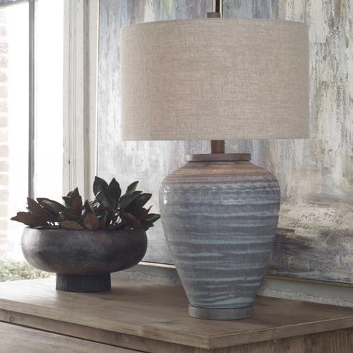 Pelia Table Lamp
