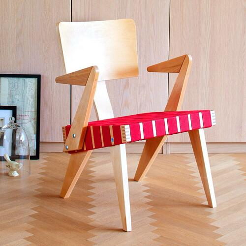 Spanner Lounge Chair with Arms Light Birch With Red